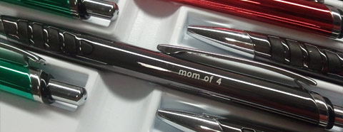 Engraved Pen with imprint 'Mom of 4'